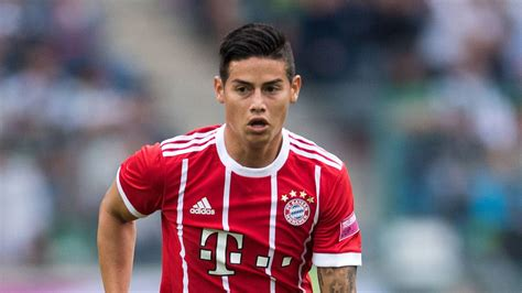 bundesliga james rodriguez  debut  bayern bag