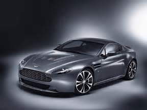 Aston Martin Vintage Aston Martin V12 Vantage To Be Unveiled In Geneva The