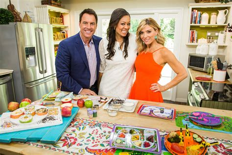 photos from episode 5162 home family hallmark channel
