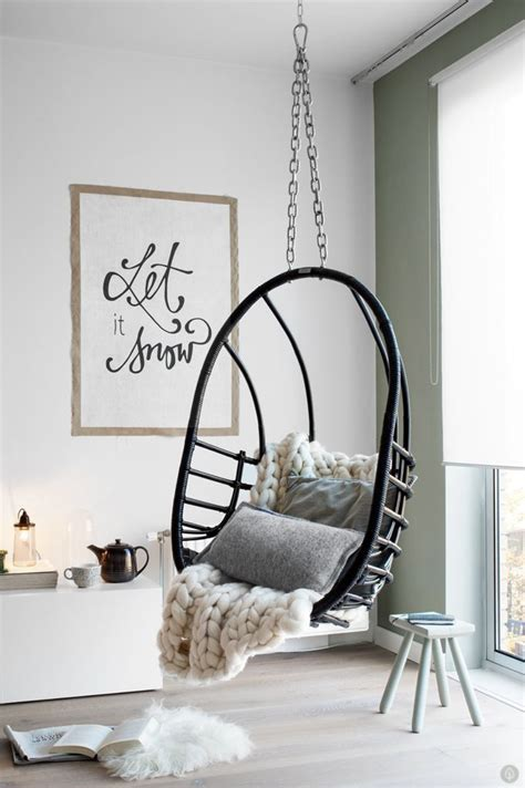 hanging egg chairs for bedrooms 25 best ideas about egg chair on pinterest purple
