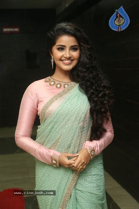 anupama parameswaran new photos photo 7 of 21
