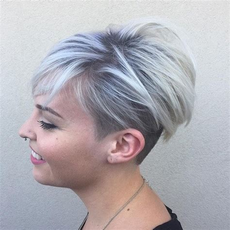 platinum pixi cut with brown highlights 40 blonde red brown ombre ed and highlighted pixie cuts