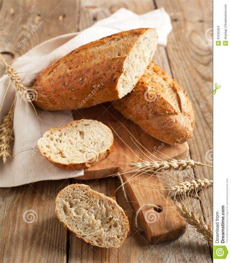 whole wheat 9 grain bread whole grain bread 9 grain bread stock images image