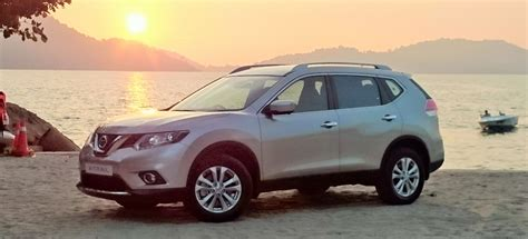 Nissan X Trail 2 5 2015 2015 nissan x trail 2 0 and 2 5 motor trader car news