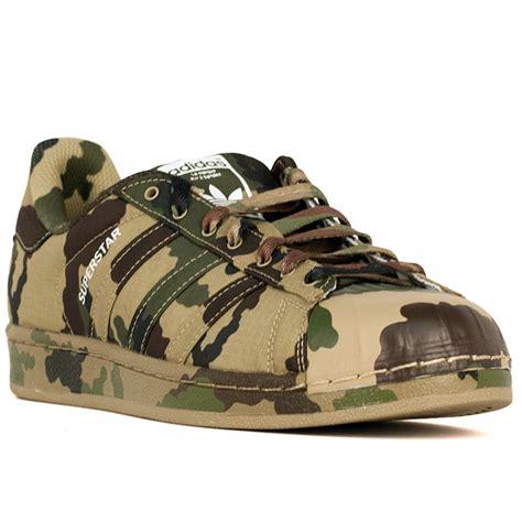 Sneakers Motif Army Gotrack Camo Green adidas superstar camo