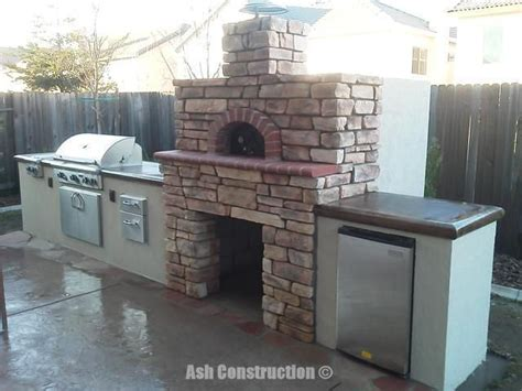 pizza oven outdoor kitchen custom outdoor kitchen with pizza oven 2 travel