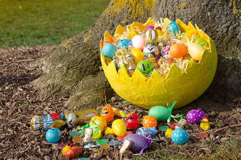 easter hunt ideas how to do an easter egg hunt party delights blog