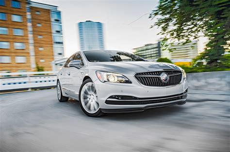 buick lacross reviews 2017 buick lacrosse reviews and rating motor trend