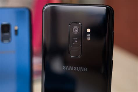 three galaxy s10 variants in the works one with