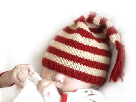 free knitting pattern baby christmas tree hat knitting for baby s first christmas free patterns