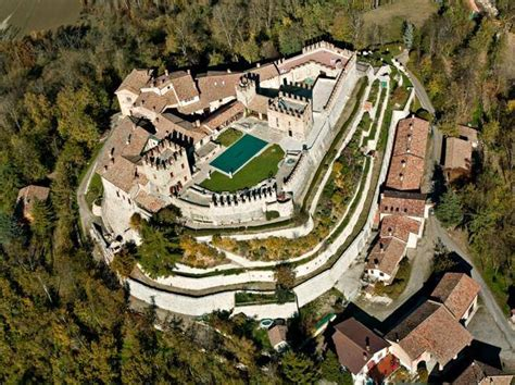 corriere pavia pavia l antico borgo di montesegale 232 un paese per