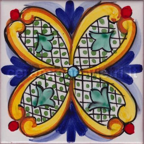 vasi vietresi ceramiche vietri it piastrelle 20x20 decorate a mano in