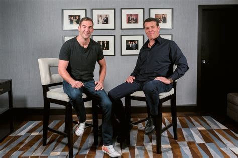 designcrowd lewis howes tony robbins the ultimate guide to financial success and