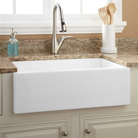 White Farmhouse Kitchen Sink 30 Quot Risinger Fireclay Farmhouse Sink Smooth Apron White Kitchen