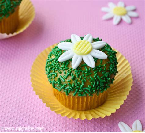 decoracion con fondant cupcakes de fondant imagui
