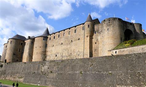 Château Fort de Sedan Monument Sedan