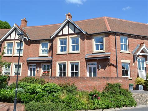 navigate to house 2 bedroom house near the beach in sidmouth 8166307