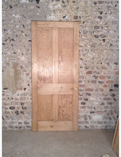 p489 a 4 panel shaker style door by