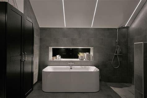 smart  creative bathroom lighting ideas