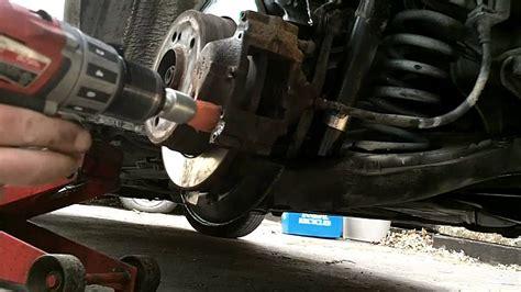 Mercedes Benz w202 rear brake pad replacement - YouTube Rockauto