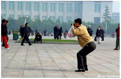 Asian Photographer Meme - 中国人の写真の撮り方がすごい 笑顔を引き出す撮影テク ロケットニュース24