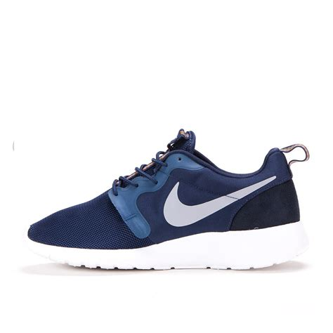 Nike Roshe Run Be True 1 nike roshe run hyperfuse mid navy 636220 400