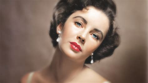 liz taylor let elizabeth taylor teach you how to do her eye make up
