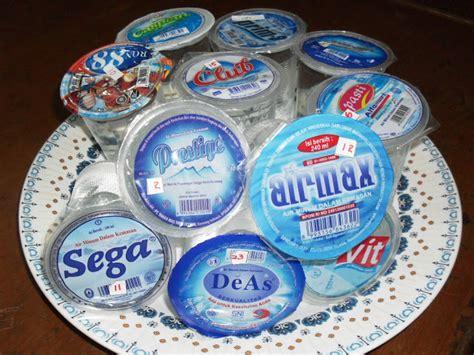 Air Kemasan Gelas Waspada Ini 11 Daftar Air Mineral Gelas Yang Tidak Layak