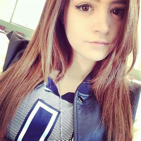 chrissy costanza hairstyles i m single super powers and skateboarding on pinterest