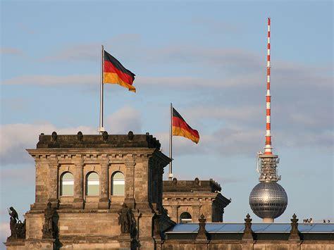 seit wann ist berlin die hauptstadt berlin