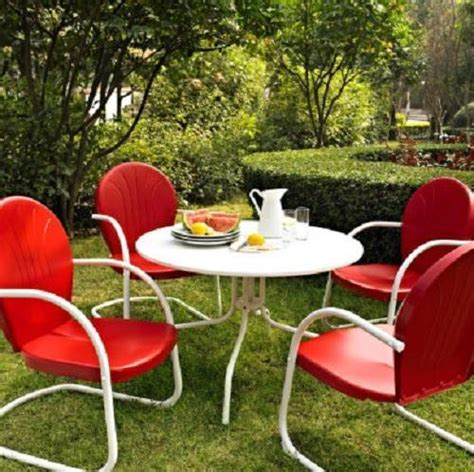 Retro Patio Furniture Sets by White Outdoor Metal Retro 5 Dining Table