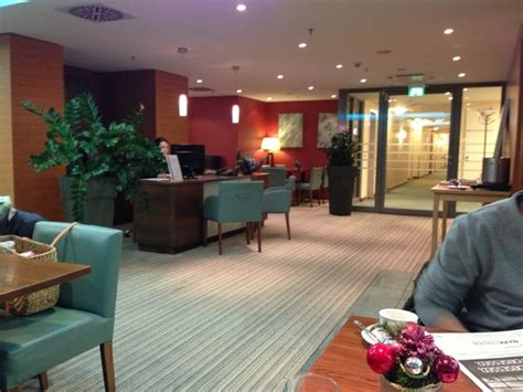 Cardiff Mba Reviews by Food Beverages At Executive Lounge Picture Of