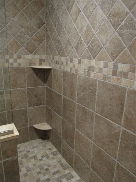 Fliesenmuster Bad by Best 25 Bathroom Tile Designs Ideas On