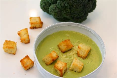 Soups On Cheddar Cheese Soup With Croutons by Broccoli And Cheddar Soup With Croutons Three Hungry Boys