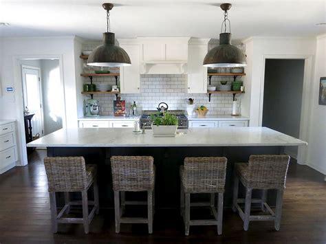 eggshell or satin for kitchen cabinets kitchen paint walls bm white dove eggshell trim bm