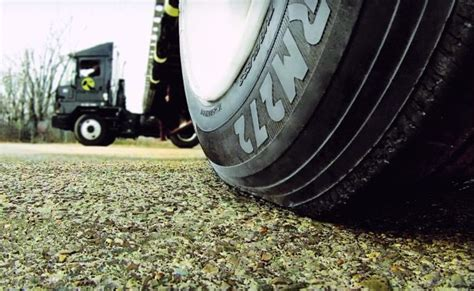 best boat trailer tires for the money trailer tires choosing the best strategy for your fleet