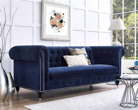 navy blue living room furniture 1000 ideas about navy blue couches on pinterest blue