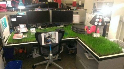 Pixar Offices crazy prank that you can play on your colleague