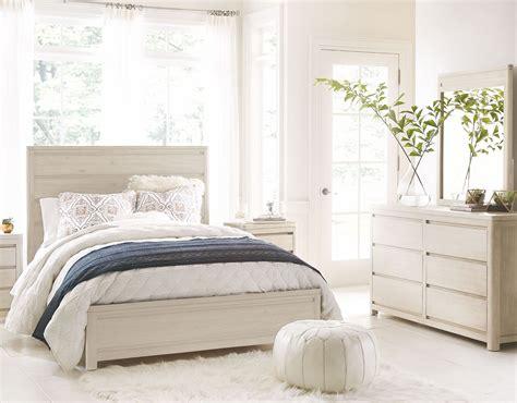 bellissimo bedroom set indio by wendy bellissimo white sand panel bedroom set