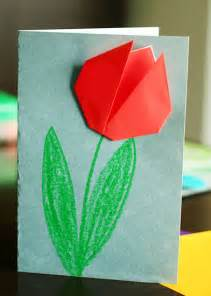 Origami Tulip - create springtime with simple origami tulips make