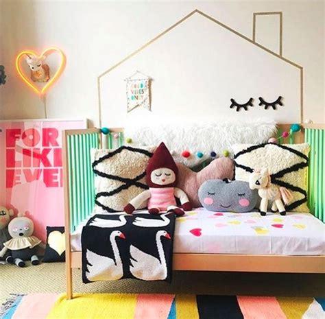 decorer chambre enfant id 233 es pour d 233 corer les murs d une chambre d enfant picslovin