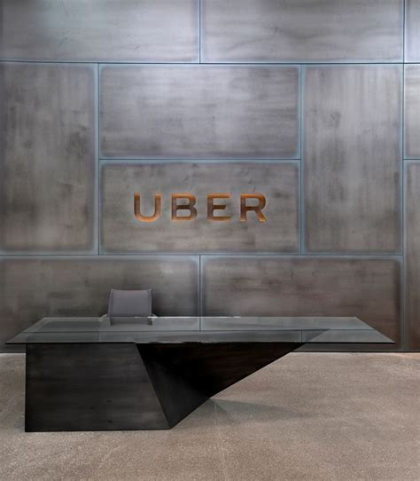Uber Reception Desk Best 25 Office Entrance Ideas Only On Reception Areas Modern Office Design And