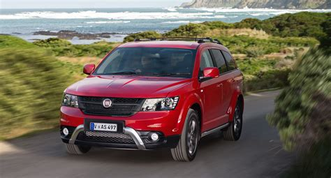 fiat freemont 2015 2015 fiat freemont crossroad v6 review caradvice