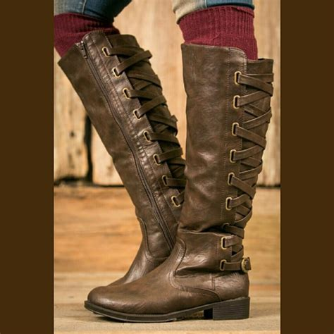 Sandal Gdns Hold Brown 94 botique shoes hold leecie88 criss cross brown boots nib from s closet on