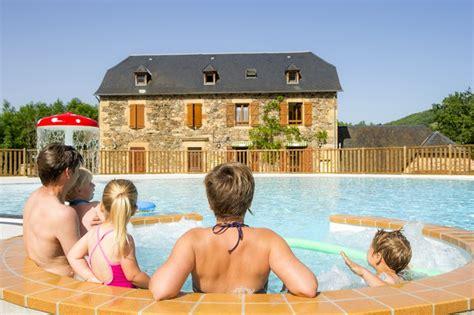 Camping La Boissiere 4*, Saint Geniez d'Olt, Sud Ouest, France avec Voyages Leclerc   Locatour
