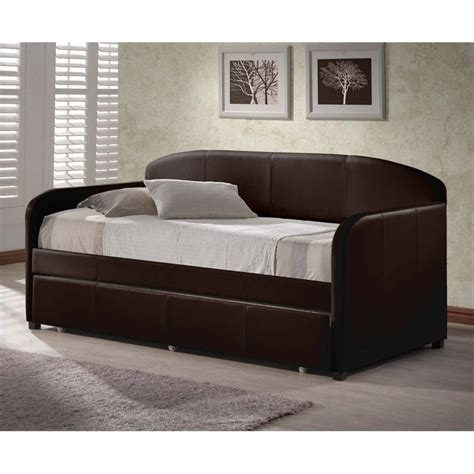 hillsdale furniture springfield brown trundle day bed hillsdale springfield daybed in brown leather 1613dbx