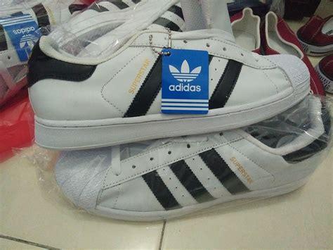 Sepatu Adidas Superstar Hitam jual sepatu adidas superstar supercolor putih hitam