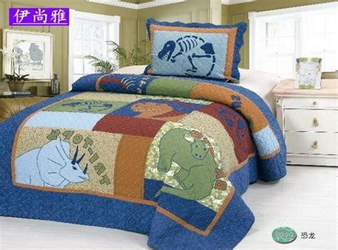 17 best ideas about dinosaur bedding on boys