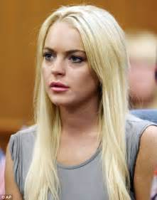 La Da Lindsay Lohan Wont Be Charged With Theft by Lindsay Lohan Criminal Battery Da Invesitgates