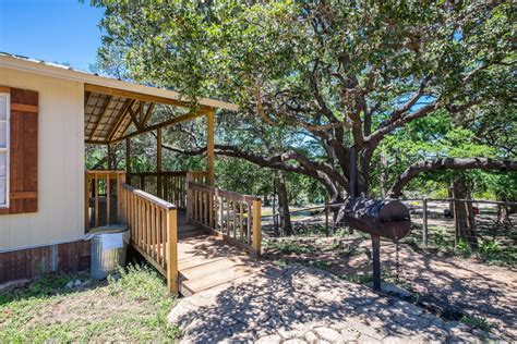 River Bluff Cabins On The Frio by Frio River Cabin 6 River Bluff Cabins